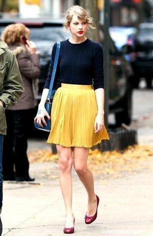 【スカートスタイル】テイラー・スウィフトのファッション!ブランドは?