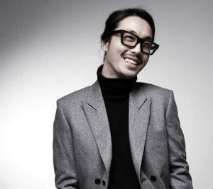 世界から注目される韓国人ファッションデザイナー、チェ・ボムソク